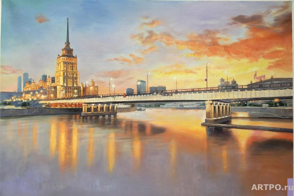 Romm Alexander. Flaming sunset. View of the hotel Ukraine